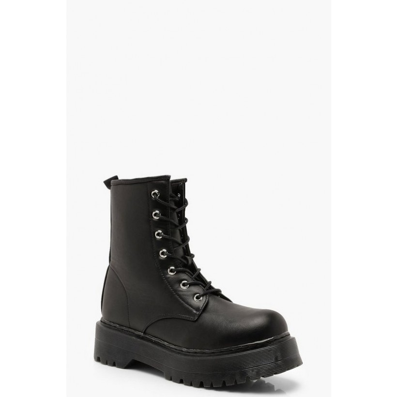 Chunky Cleated Hiker Boots in Black
