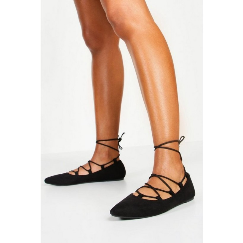 Ghillie Pointed Ballets in Black