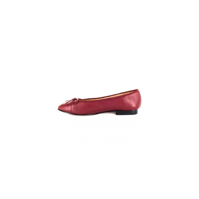 Boka Burgundy by Florsheim Womens