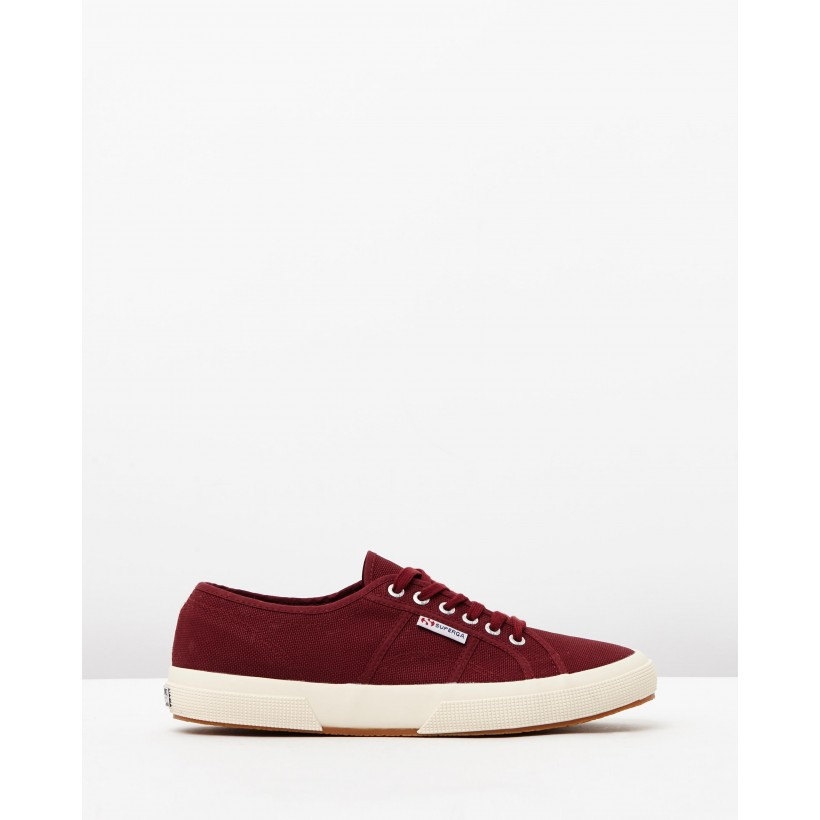 2750 Cotu Classic Dark Bordeaux by Superga