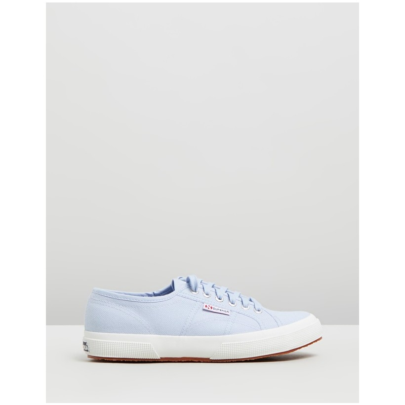 2750 Cotu Classic - Women's Azure Erica by Superga