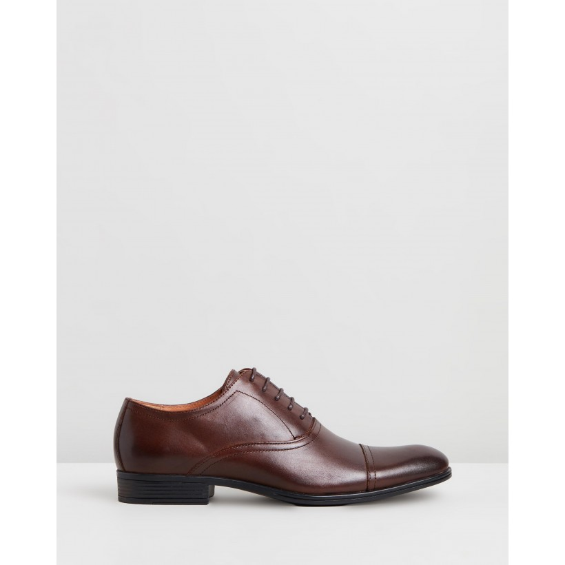 Accolade Oxford Performance Shoes Brown by Jeff Banks