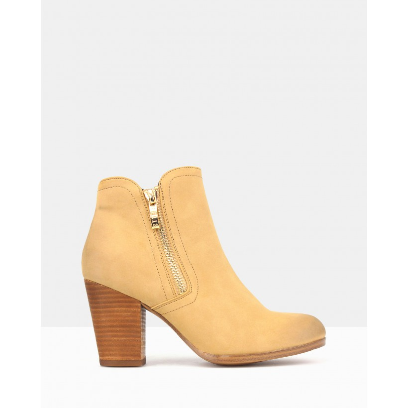 Ace Ankle Boots Tan by Betts