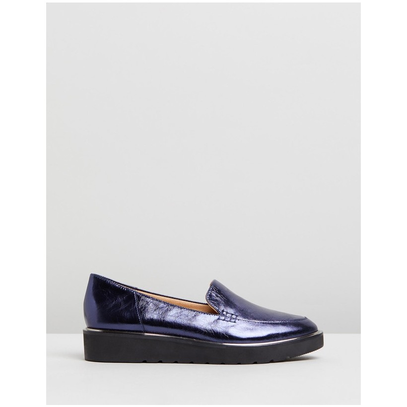 Andie NAVY FOIL by Naturalizer
