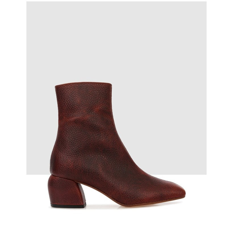 Anibelle Ankle Boots Light Brown by Beau Coops