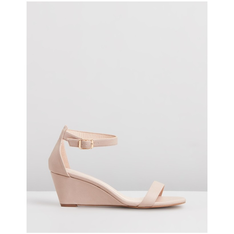 Blare Wedges Nude Smooth by Spurr