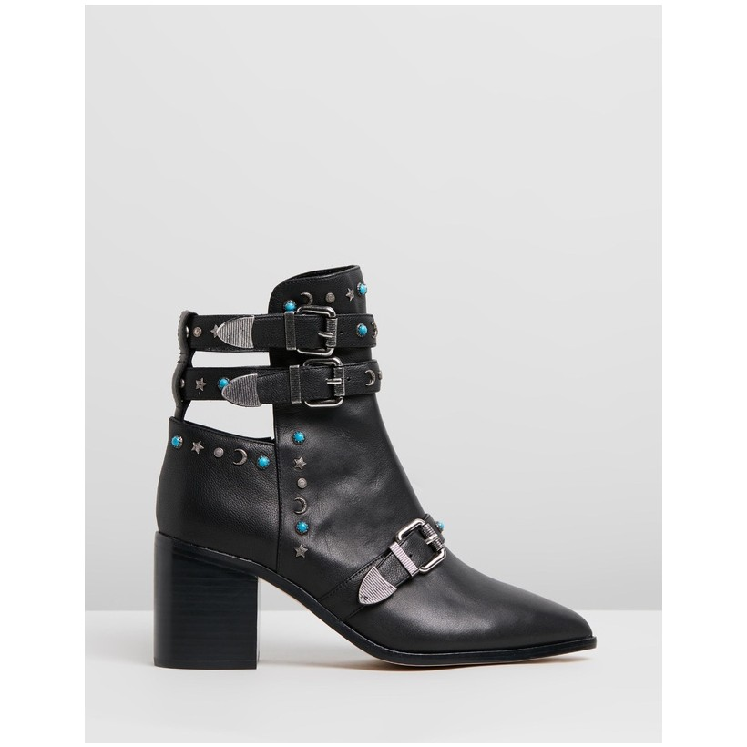 Bohemian Stud Boots Black by Camilla