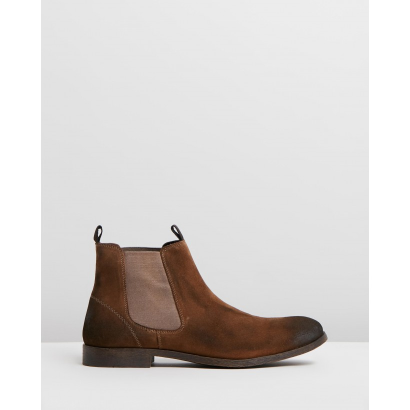 Canyon Suede Gusset Boots Brown by Staple Superior