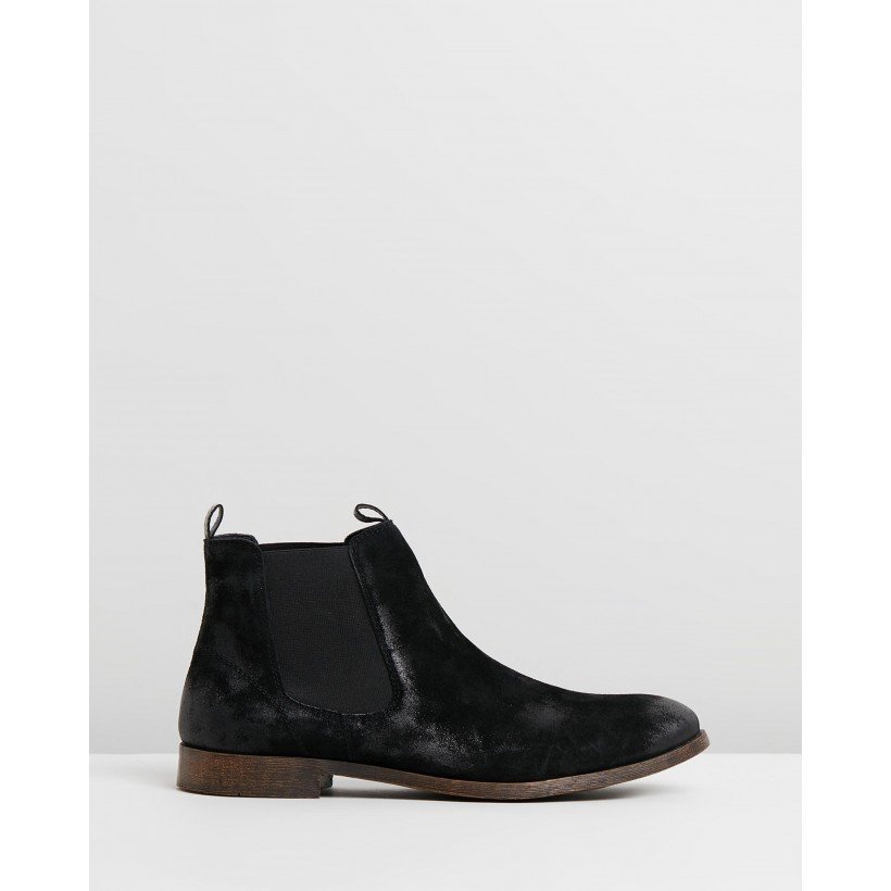 Canyon Suede Gusset Boots Black by Staple Superior