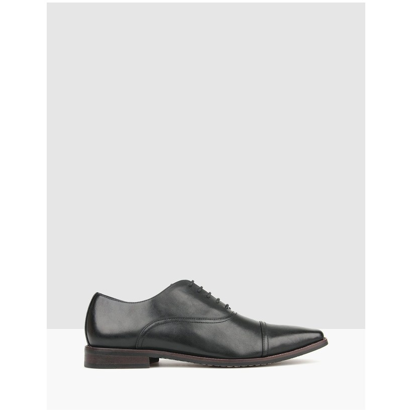Captain Lace Up Dress Shoes Black by Betts