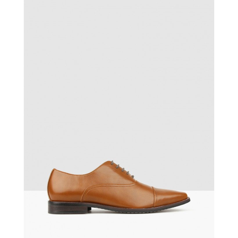 Captain Oxford Dress Shoes Tan by Betts