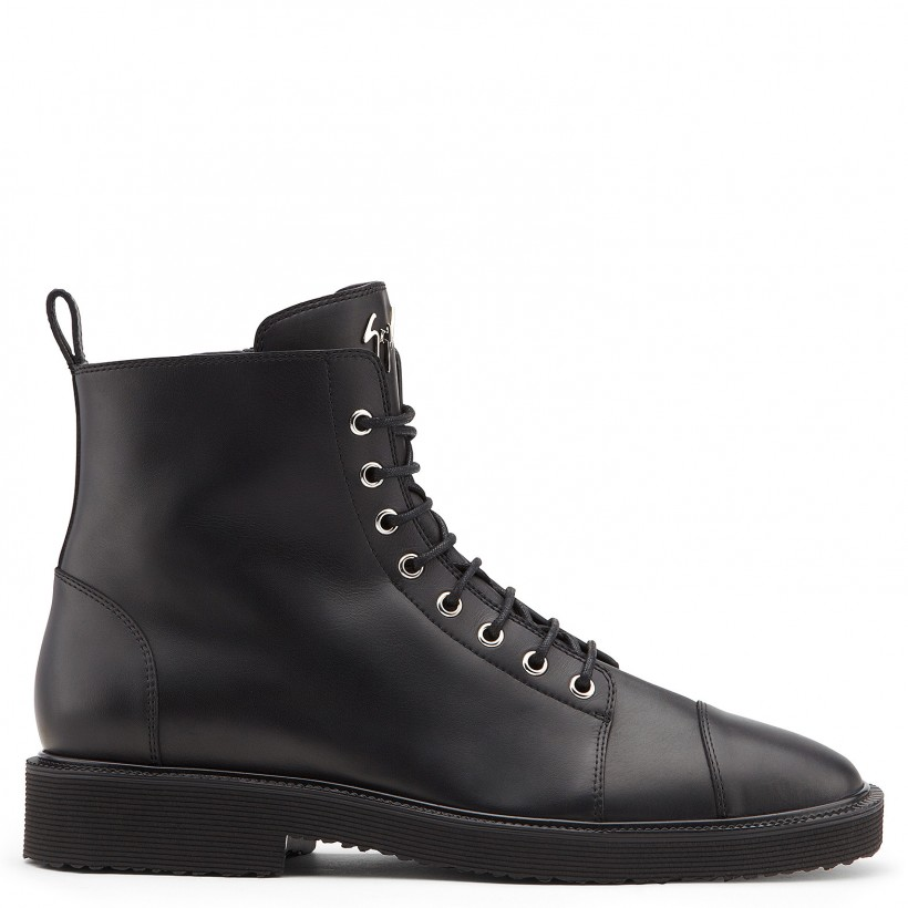 CHRIS LOW Black By Giuseppe Zanotti