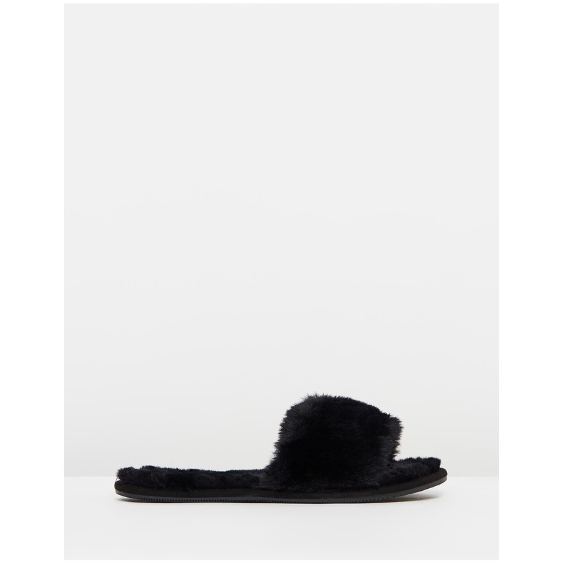 Cosmopolitan Slippers Black by Rubi