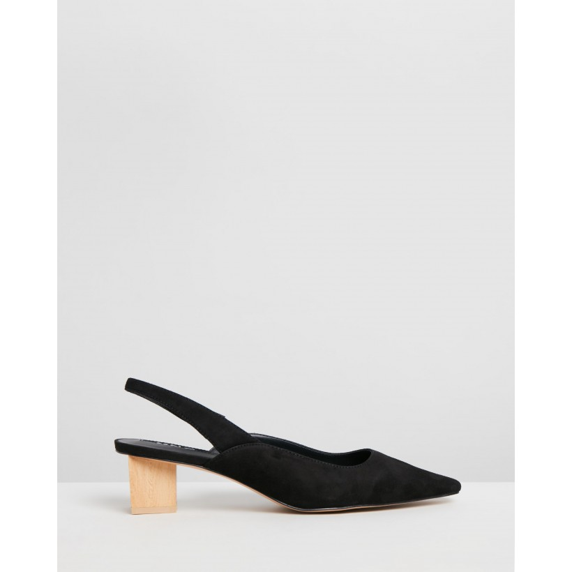 Crose Heel Leather Shoes Black by M.N.G