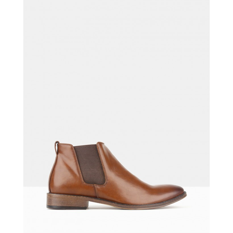 Destroyed Chelsea Boots Tan by Betts