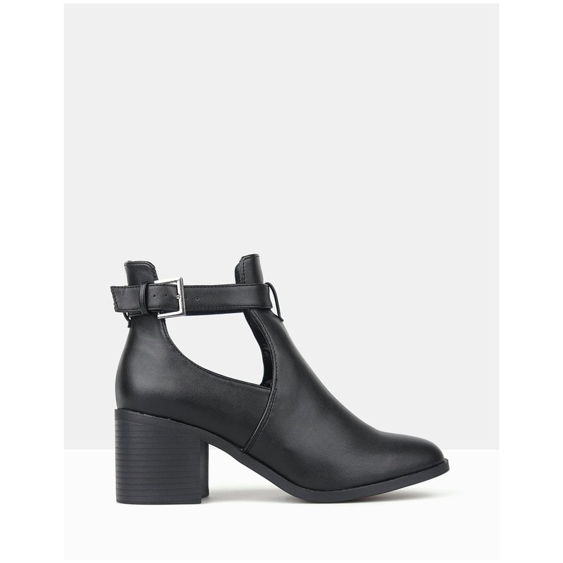 Divergent Cut-Out Buckle Ankle Boots Black by Betts