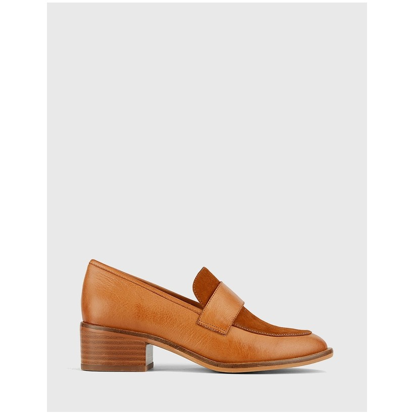 Fallon Leather Loafers Tan by Wittner