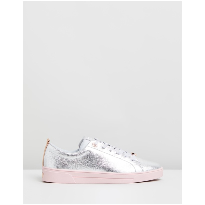 Gielli Silver Leather by Ted Baker