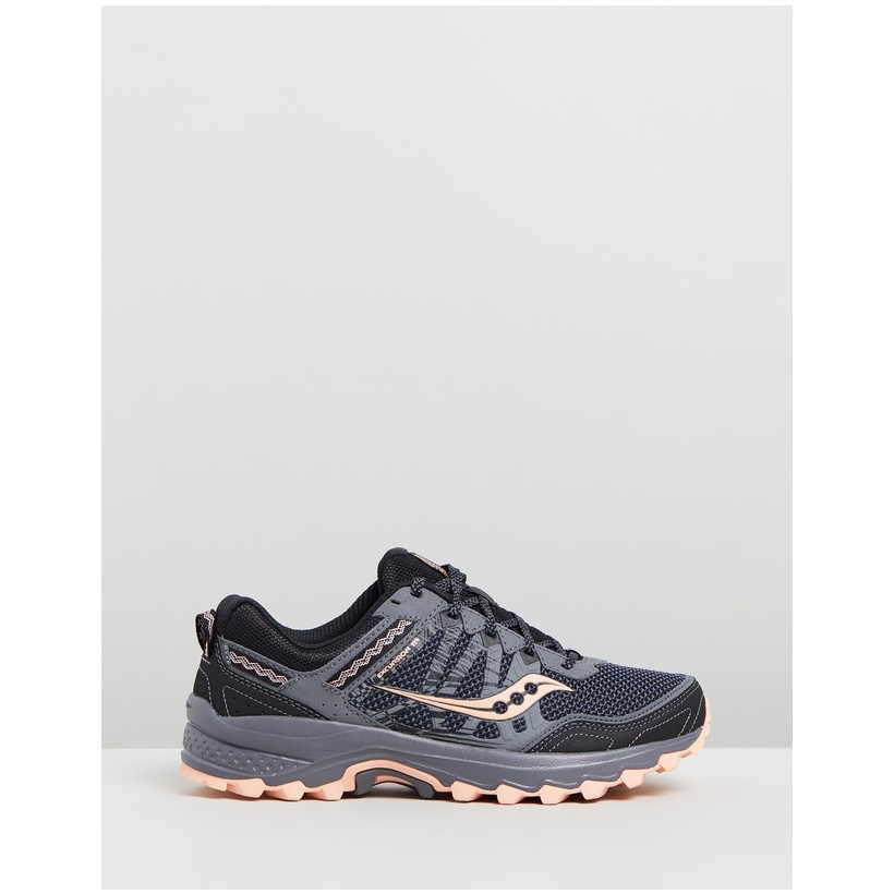 Grid Excursion TR12 Wide Sneakers - Women's Grey & Peach by Saucony
