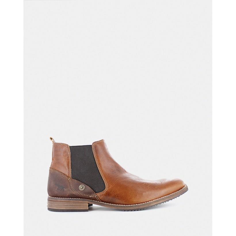 Hugh Chelsea Boots Cognac by Wild Rhino