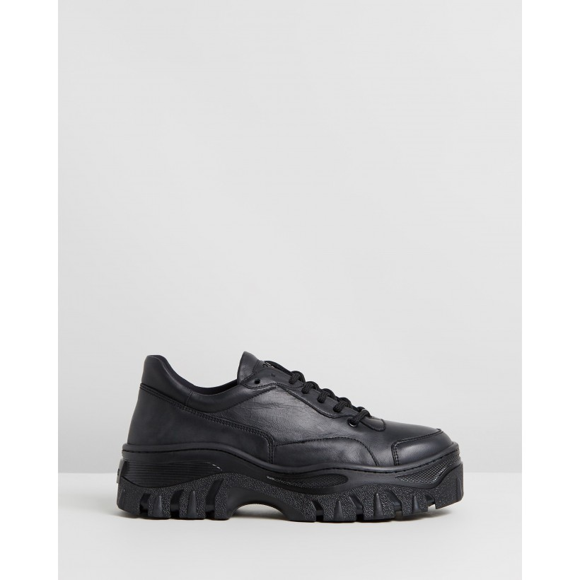 Jaxstar Leather Sneakers Black by Bronx