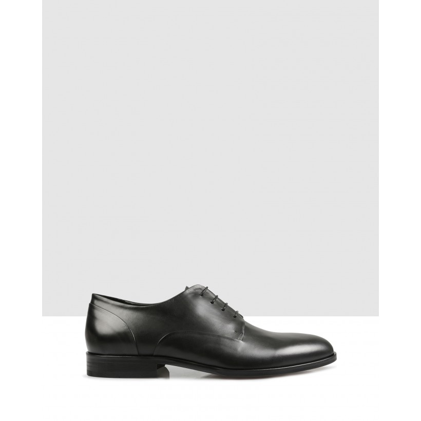 Juster Lace Ups Black by Brando