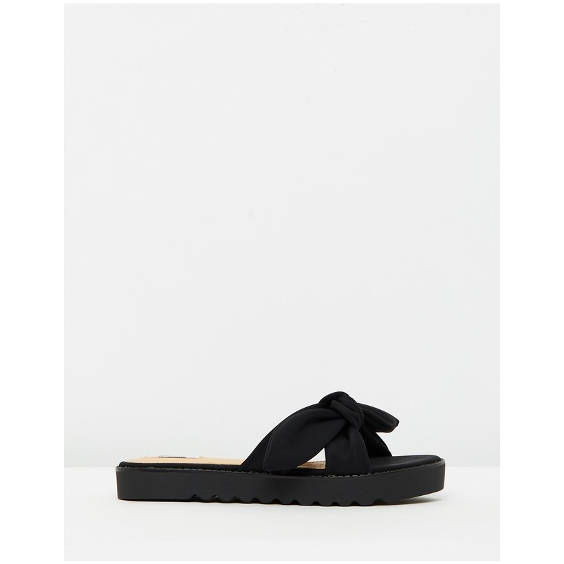 Kansas Sandals Black by Dazie