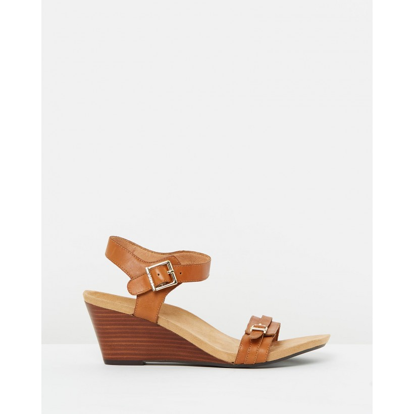 Laurie Wedge Sandals Tan by Vionic