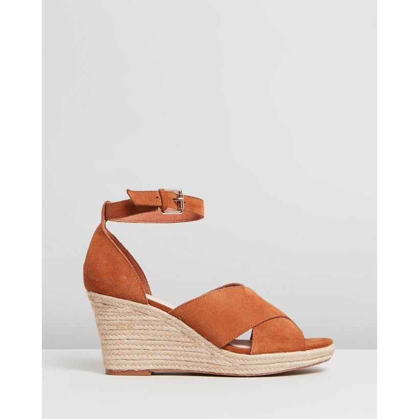 Lilly Tan by Iris Footwear
