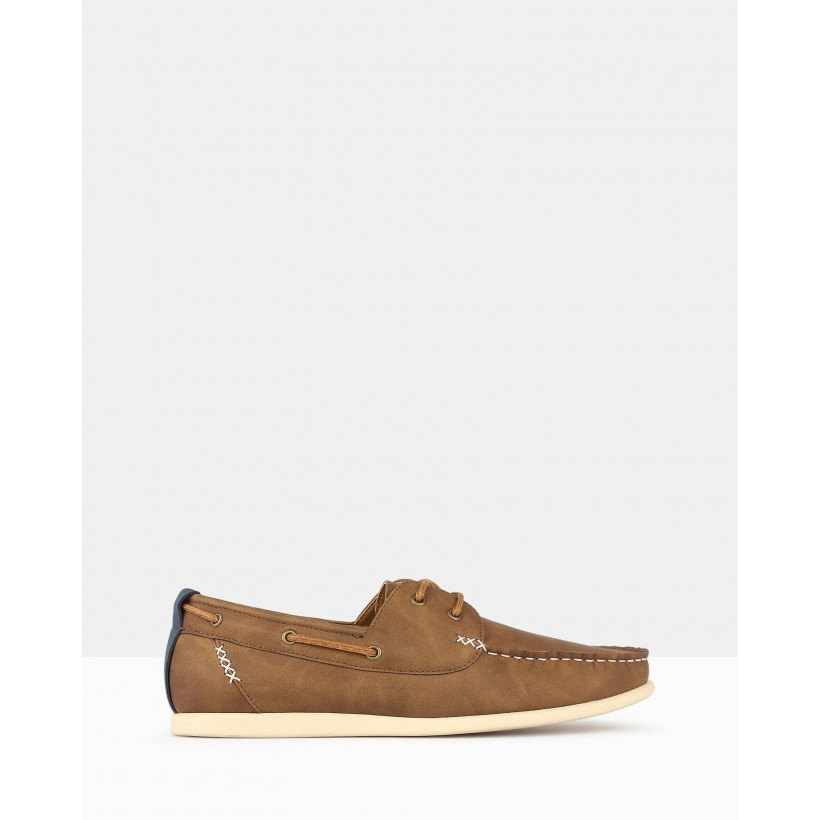 Master Boat Shoes Tan by Betts