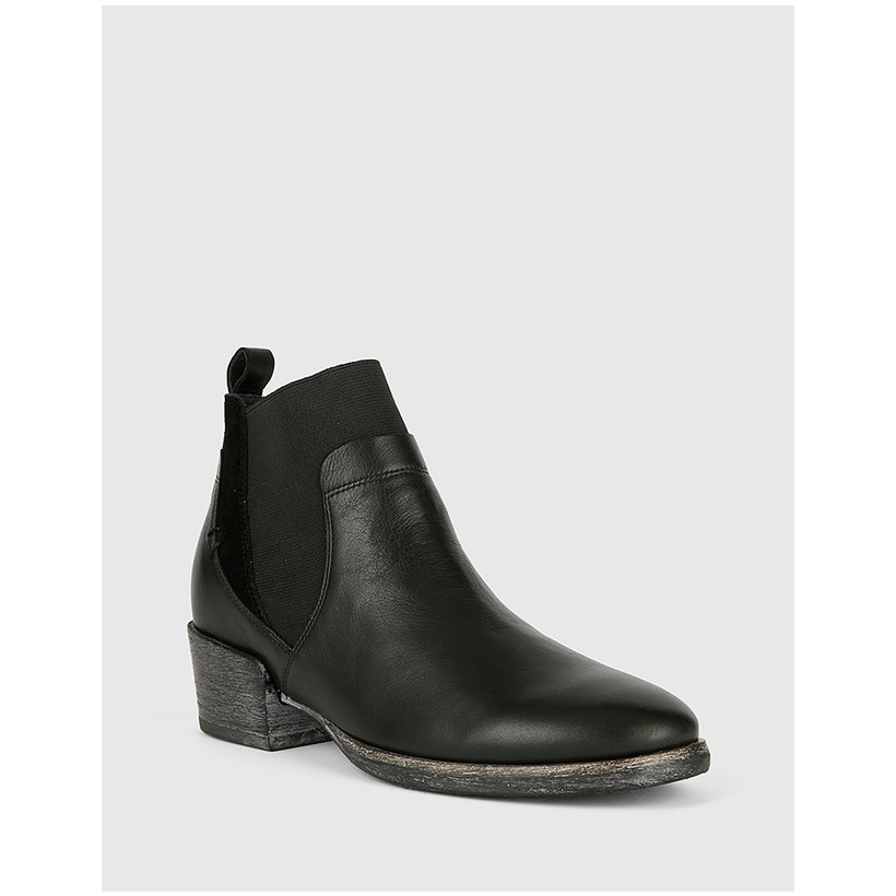 Memphis Block Heel Ankle Boots Black by Wittner