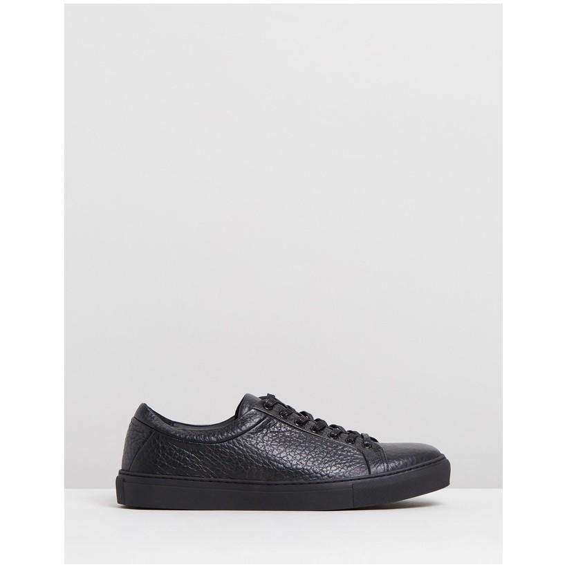 Spartacus Base Shoes Black by Royal Republiq