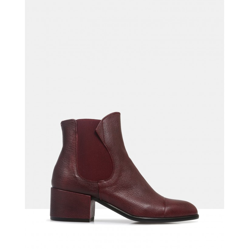 Windsor Ankle Boots Red by Beau Coops