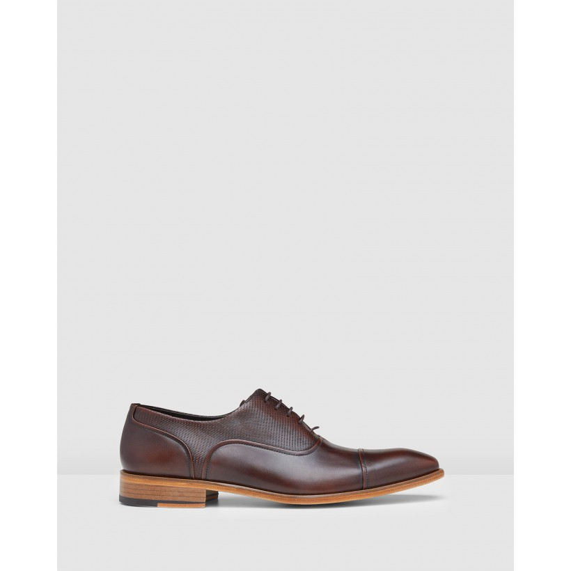Woodley Oxford Brown by Aquila
