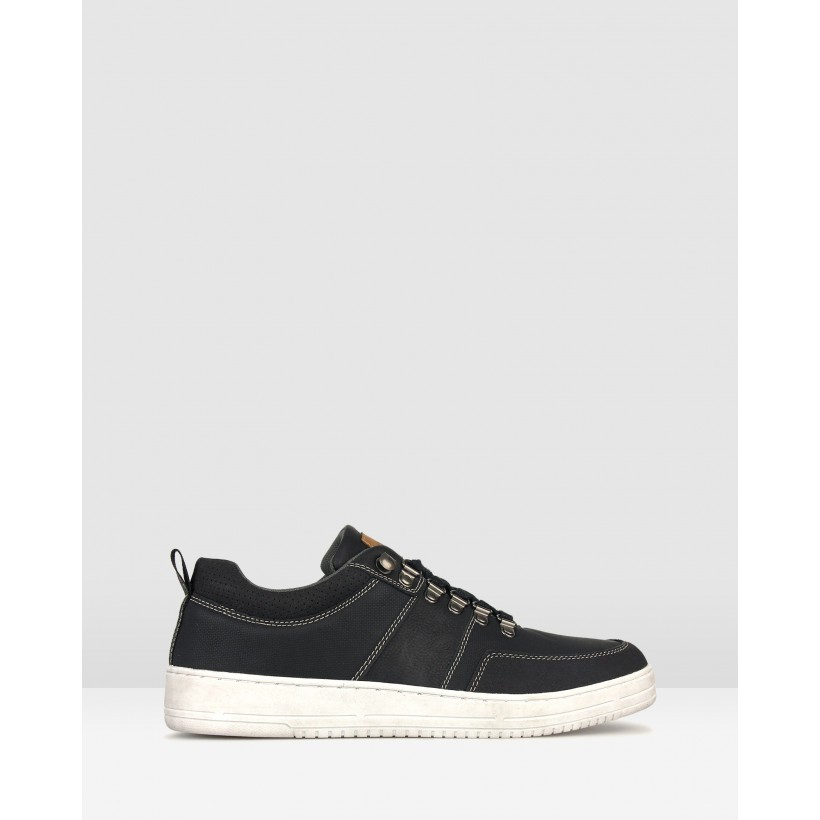 Zoom Low Top Lifestyle Sneakers Black by Betts