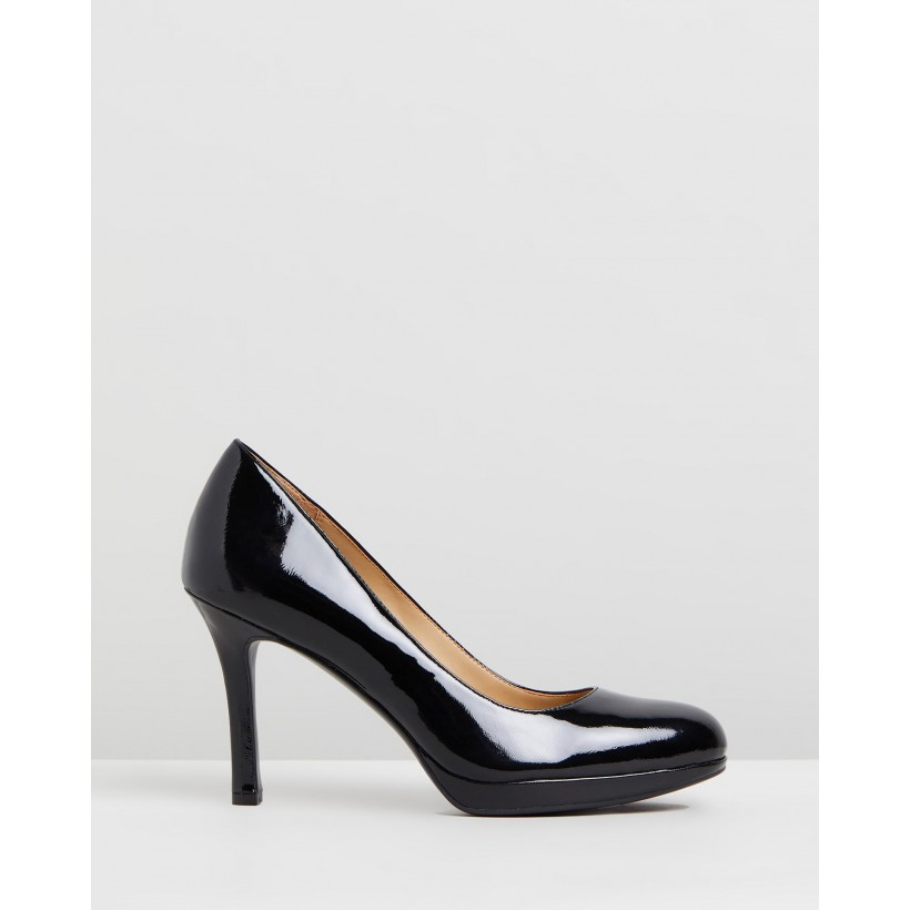 Celina BLACK PATENT by Naturalizer