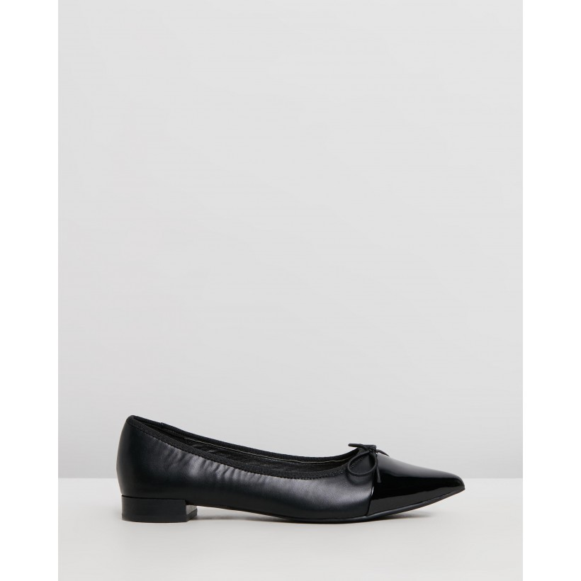 Cecil Flats Black Smooth by Spurr