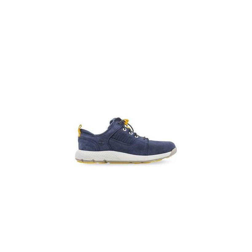 Navy Nubuck - Kids Youth Flyroam Oxford Https://Www.Timberland.Com.Au/Shop/Sale/Kids/Footwear Shoes by Timberland