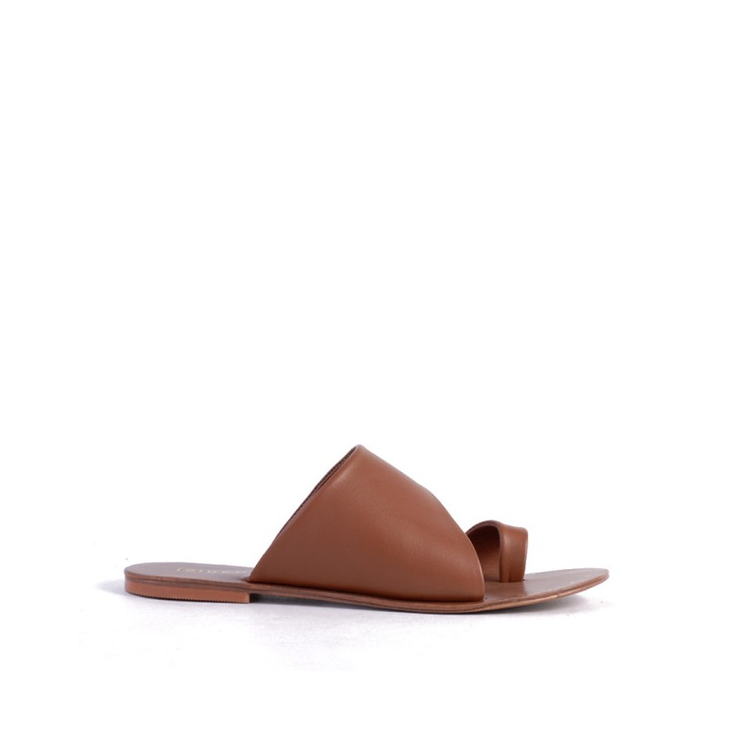 Trailby - Tan by Siren Shoes