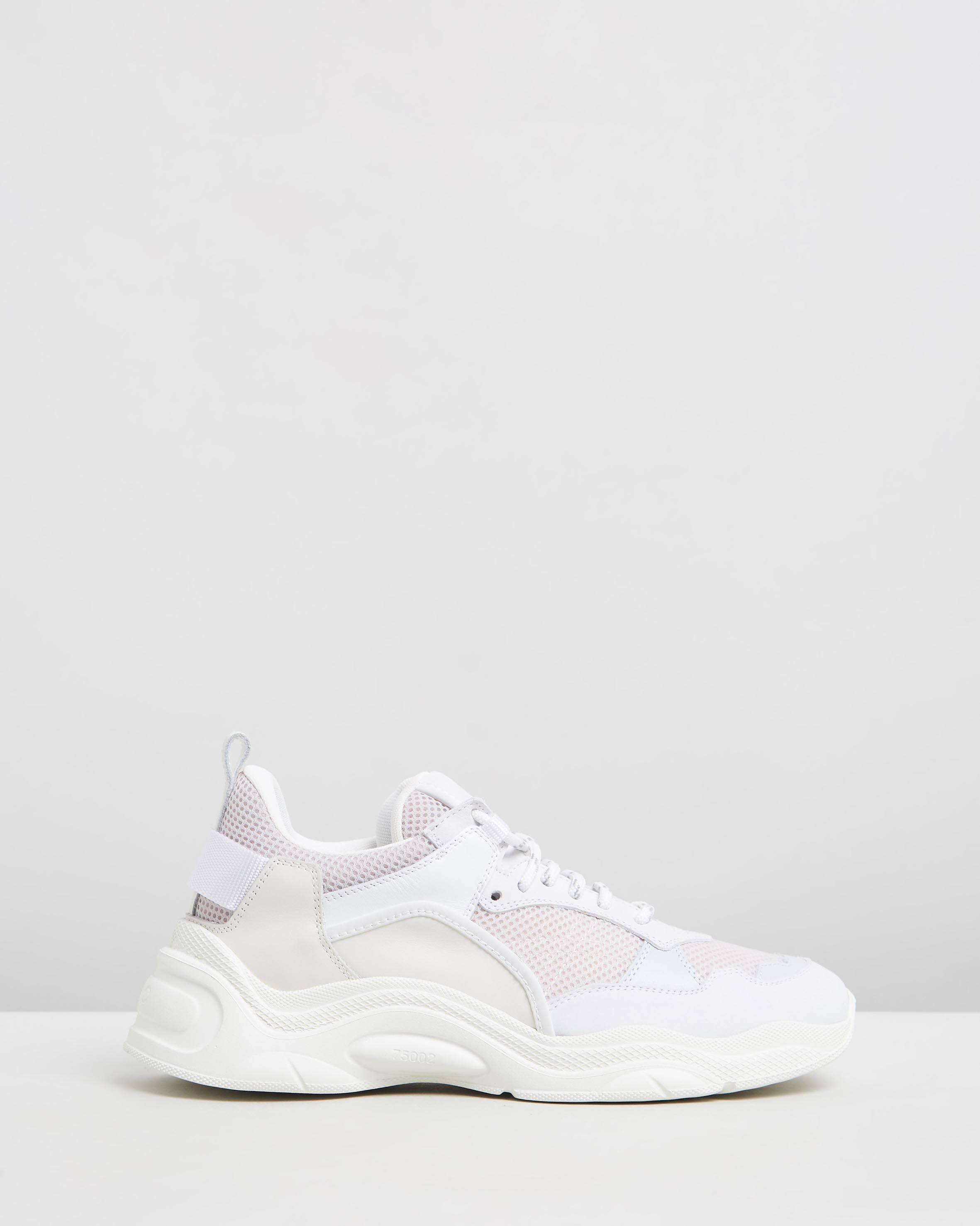Curve Runners White by Iro | ShoeSales
