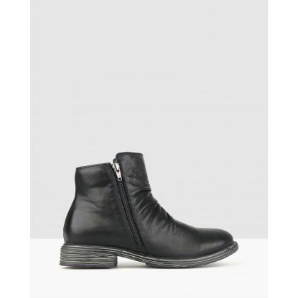 Leroy Leather Ankle Boots Black by Airflex