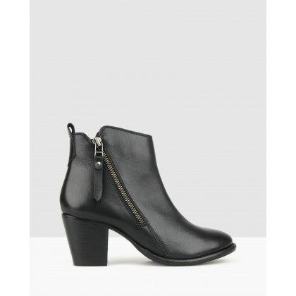Wanda Western Style Ankle Boots Black by Airflex