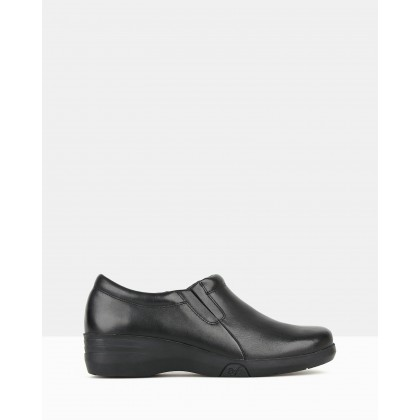 Maestro Career Shoes Black by Airflex