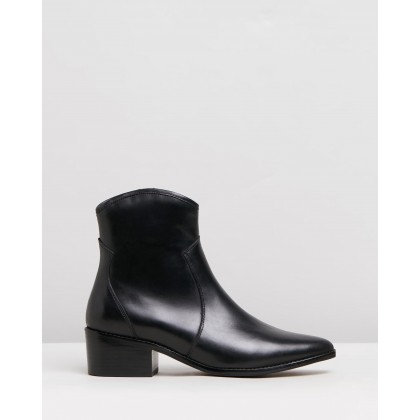 Saskia Black Burnished by Alias Mae