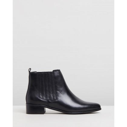 Viviana Leather Ankle Boots Black Leather by Atmos&Here