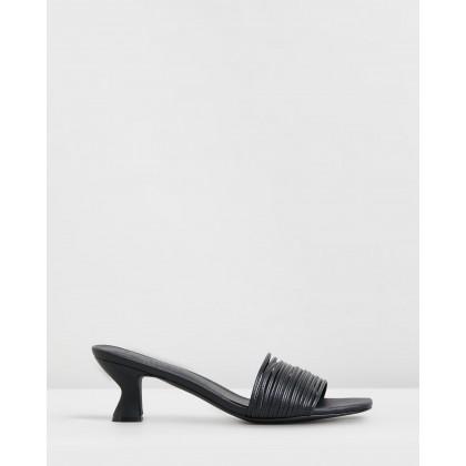Vermeer Leather Heels Black Leather by Atmos&Here
