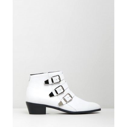 Ainslee Leather Ankle Boots White Leather by Atmos&Here