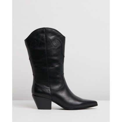 Orlando Leather Boots Black Leather by Atmos&Here