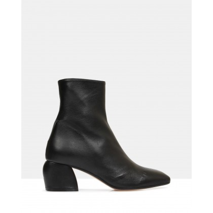 Anibelle Ankle Boots Black by Jane Debster