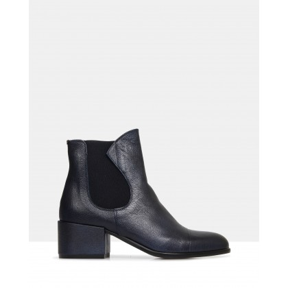 Windsor Ankle Boots Black by Beau Coops
